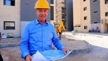 פרופיל-קסדה-מפה-בינוי-בניין-בנייה-חיוך
